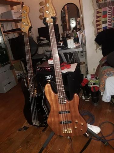 Fender Victor Bailey