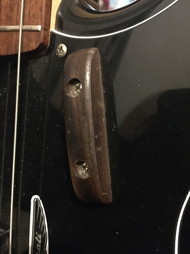 Thumbrest%20Rosewood